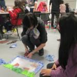 silk-reloaded-insegnanti-e-studenti-setificio-durante-i-laboratori-al-museo-della-seta